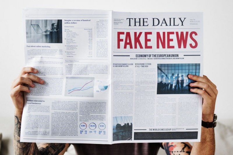 Collection : Fake News et désinformation